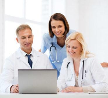 medicine_team_3-370x338